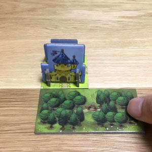 キングドミノ:お城に隣接するようにタイルを配置