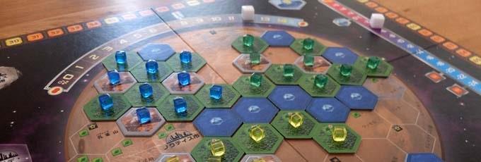 テラフォーミングマーズは「火星を開拓して人が住めるような環境に変えよう」という重量級ボードゲーム