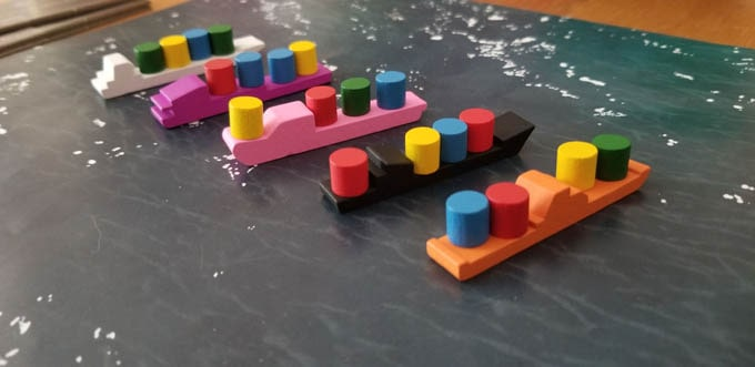 ボードゲーム『フローティラ(Flotilla)』の船のコマ
