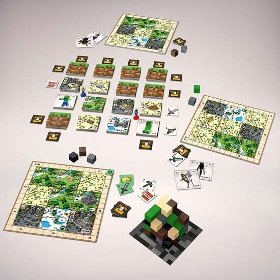 マインクラフトのボードゲーム『Minecraft: Builders & Biomes』の全景