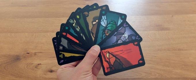 ごきぶりポーカーの準備:手札を配る