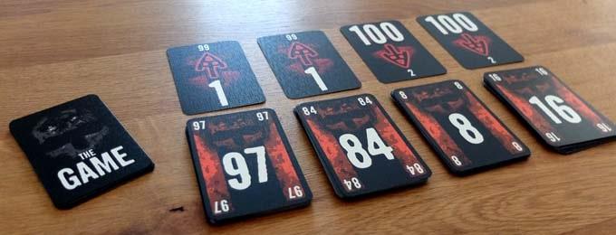 ザ・ゲームは、「具体的な数字を言うのは禁止」というルールの面白いボードゲーム
