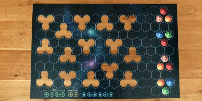 カタン宇宙開拓者の準備:ゲームボードを広げる