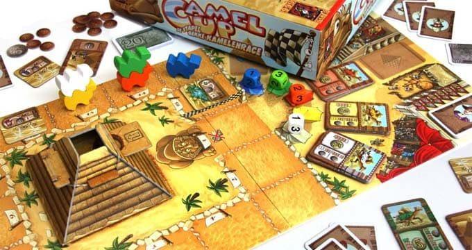 ドイツ年間ゲーム大賞2014を受賞したボードゲーム『キャメルアップ(CAMEL UP)』