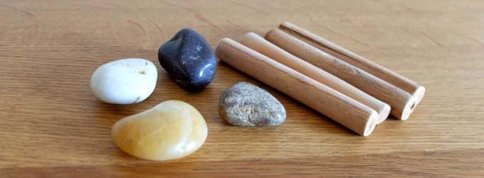 石と棒|ピクチャーズ(Pictures)