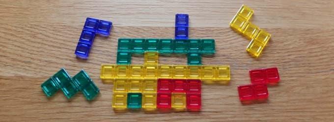 ボードゲーム『ブロックス』のピースを使う