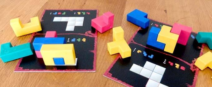 パズルボードとブロック|ウボンゴ3D